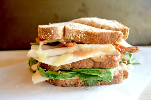 turkeyapplecheddarsandwich