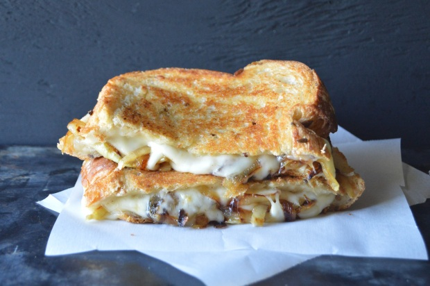 frenchoniongrilledcheese1