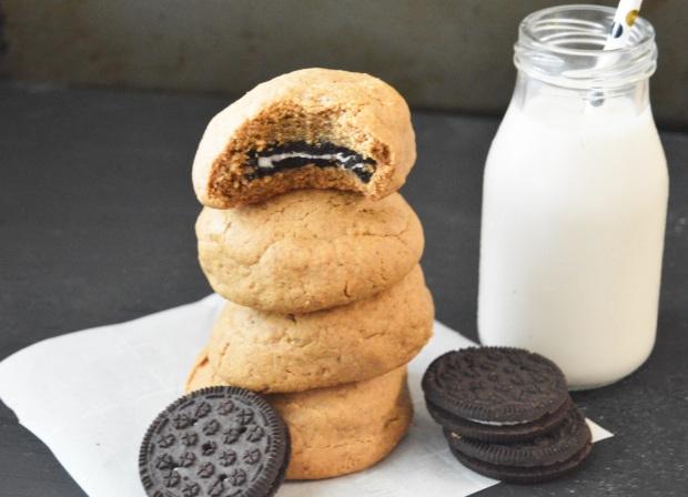 oreostuffedpeanutbuttercookies1 (1)